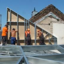 BONN 01 215x215 - Nadbudowa czy przebudowa budynków tradycyjną metodą budowlaną może stanowić zbyt duże obciążenie dla budynku, rozwiązaniem jest lekka konstrukcja stalowa zapewniająca spełnienie warunków wytrzymałościowych Nadbudowa
