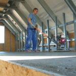 dj 8 04 150x150 - Dom w naszej konstrukcji powstaje w 3 miesiące i mamy tu na myśli stan od fundamentów po stan deweloperski. Oszczędzając czas, oszczędzamy pieniądze co związane jest, np. ze zminimalizowaniem odsetek za kredyt zaciągnięty na budowę, czy wynajmu mieszkania w trakcie trwania budowy. Dom jednorodzinny 8
