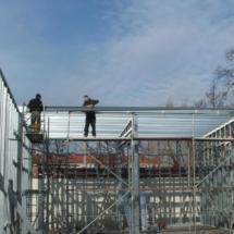g 03 215x215 - Budowa garażu na samochody specjalistyczne o dużych gabarytach. Realizacja zimą, w na przełomie luty/marzec, czas realizacji - około 4 tygodnie. Garaż 1