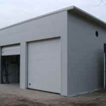 g 08 215x215 - Budowa garażu na samochody specjalistyczne o dużych gabarytach. Realizacja zimą, w na przełomie luty/marzec, czas realizacji - około 4 tygodnie. Garaż 1